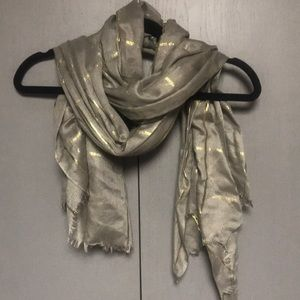 Grey and gold scarf